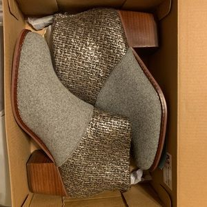BRAND NEW Toms Booties